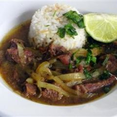 Bistec Encebollado<br>Steak with Onions